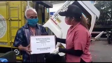 Photo of Covid-19 Mengancam, Pedagang Bakso Kumpulkan Donasi Bantu Lansia
