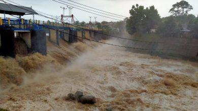 Photo of Bogor Diguyur Hujan Deras, Katulampa Siaga 3 Banjir Jakarta