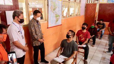 Photo of Ditinjau Mensos, Dedie Sebut Ada 10 Ribu Warga Kota Bogor Belum Menerima Bansos