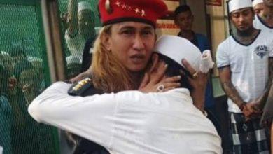 Photo of Ditempatkan di Lapas Keamanan Super Maksimum Nusakambangan, Pengacara : Saya Hanya Bisa Video Call