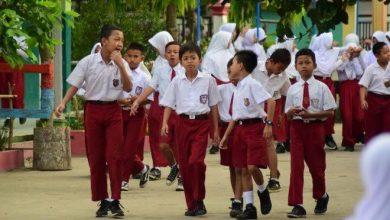 Photo of Tahun Ajaran Baru Dimulai Juli, KBM Gunakan Metode Pembelajaran Jarak Jauh