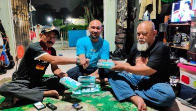 Photo of PWI Kota Bogor Salurkan Masker Kepada Unsur Masyarakat yang Melawan Corona