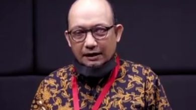 Photo of 2 Penyerangnya Dituntut 1 Tahun Penjara, Novel Baswedan: Nama Bapak Presiden akan Nampak Tidak Baik