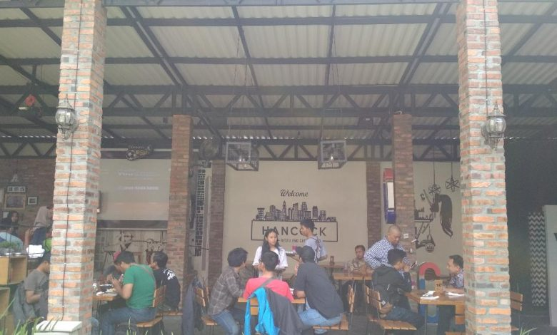 Hancock Cafe