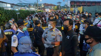 Photo of Kepadatan Penumpang di Stasiun Bogor Terurai, PT KAI : Kita Akan Konsisten