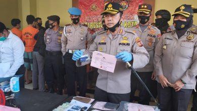 Photo of Kuras Ratusan Juta Uang Korban, Tiga Pelaku Ganjal ATM Dibekuk Polisi di Bogor