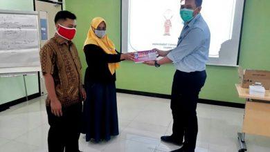 Photo of Indocement Berikan Solusi Hemat Listrik di Masa Pandemi Bagi Warga Desa Mitra