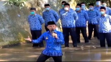 Photo of Wali kota Bima Arya Lantik Pejabat Di Sungai Cikeas, Menuai Kritik