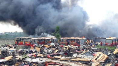 Photo of Puluhan Bangkai Bus Transjakarta Di Bogor Terbakar