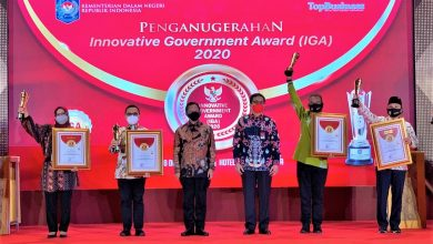 Photo of Sumringah,  Bupati Ade Yasin Terima Penghargaan Innovative Government Award (IGA) Kabupaten Terinovatif se-Indonesia