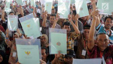 Photo of Lurah Kebon Pedes Kota Bogor Akhirnya Kembalikan Uang Pungutan PTSL. Warga Silahkan Klaim ke Kantor Lurah