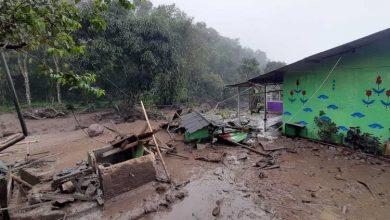 """Photo of Pakar IPB University: Kondisi Tanah yang """"Lepas"""" , Pontensi Terjadi Lagi Banjir Bandang di Kawasan Puncak Bogor"""