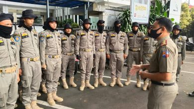 Photo of Mengaku Anak Pejabat, Wanita ini, Tipu Calon Pegawai Sat Pol PP
