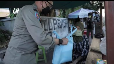 Photo of Keren, Sikap Humanis Kasat Pol PP Kota Bogor, Agustian Syach, Viral Di Medsos