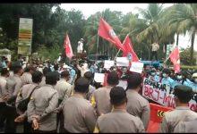 Photo of Demo Mahasiswa, Kejaksaan Kota Bogor Didesak Usut Raibnya Aset Negara dan Mafia Tanah Di Bogor